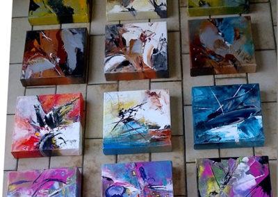 Exposition Ô ma vie Clisson, Jeanne, artiste peintre au style abstrait et coloré. (85) Les Herbiers, Vendée.